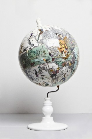 East Meets West Lundunar Kort Globe - Small image